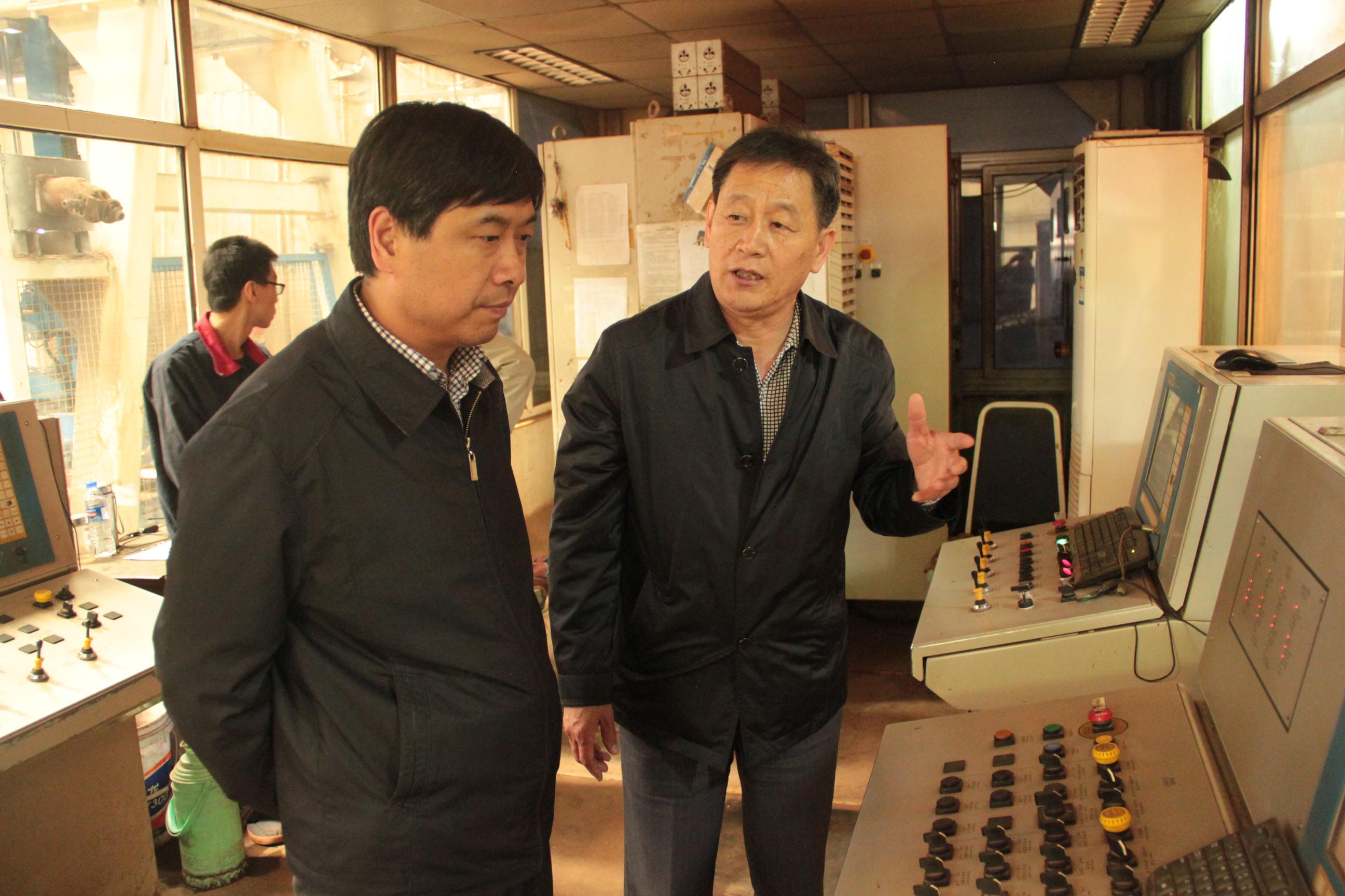 2015河北省建材協會環保分會領導來公司視察