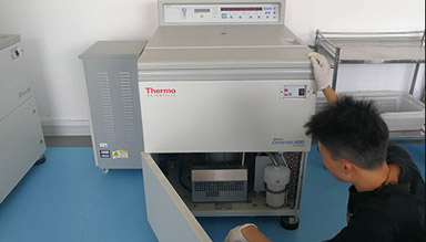 Thermo离心机 型号:CRY0FUGE 6000 i维修